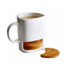hot sale biscuit mug cheap white ceramic coffee mug with cookie holder