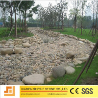 Natural pebble stone paver for walkway