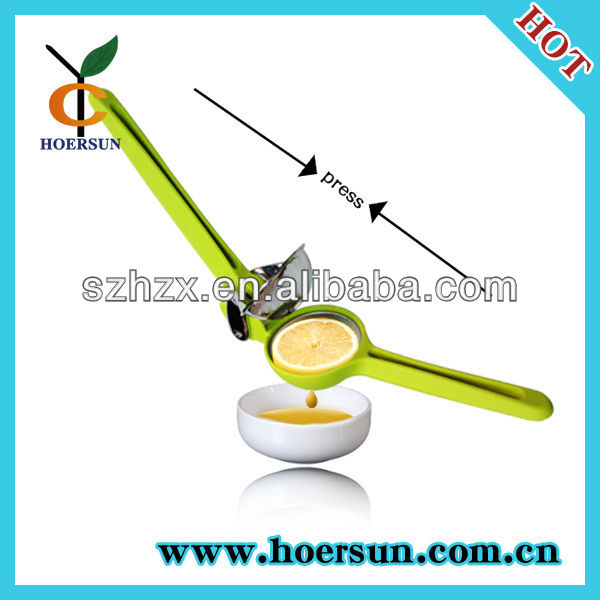 PP & stainless steel squeezer/lime juicer/reamer widely used in kitchen