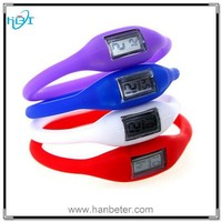 Fashion jelly silicone sports unisex watch with popular promotional gifts