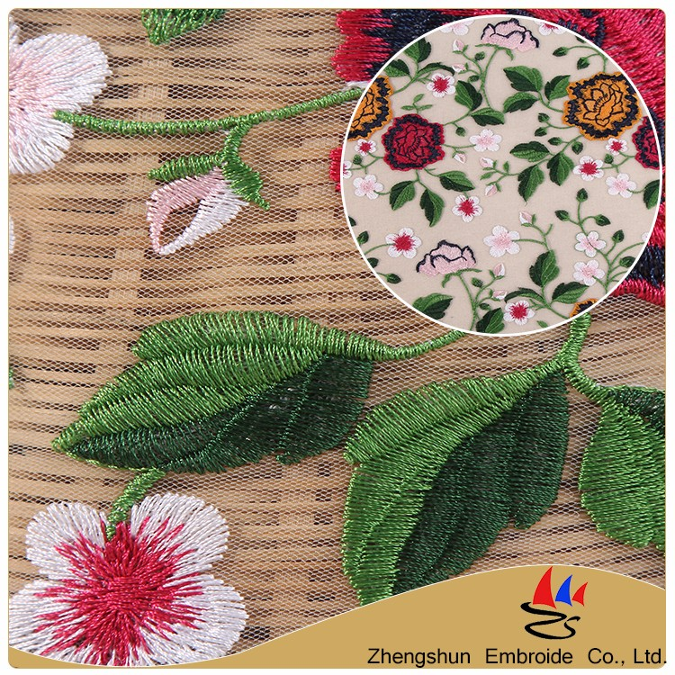 New design light color flower yarn dyed embroidery italian lace fabric with high quality