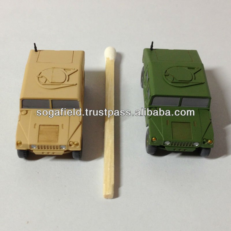 The model kits of army vehicle made in Japan