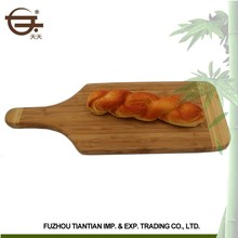 2017 Hot new excellent quality bamboo natural cutting board with handle