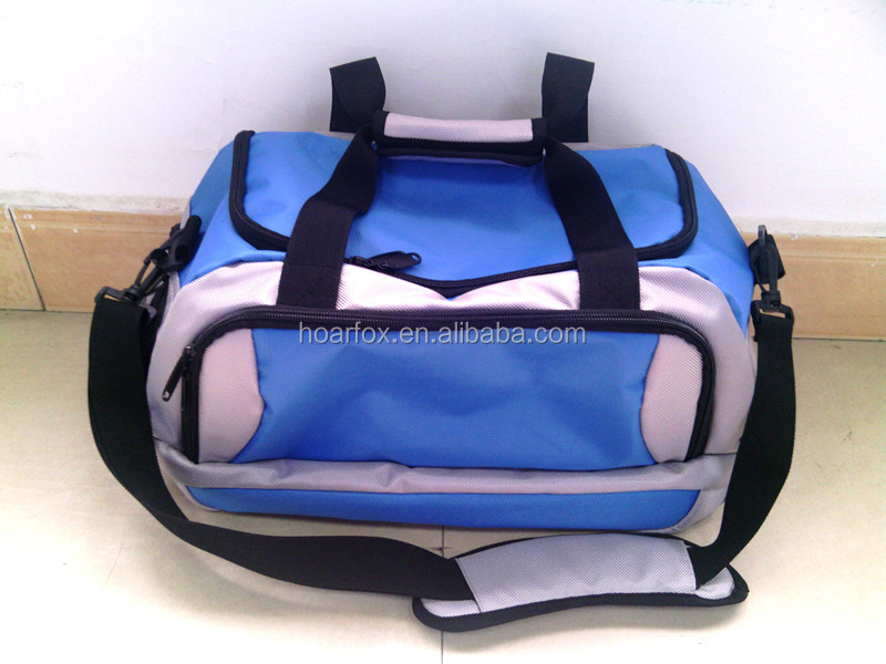 travel bag with adjustable shoulder strap with shoe bag