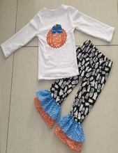 newest design embroidery wholesale girl baby suit