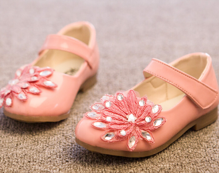 S10640A 2015 hot selling beautiful girls shoes with flower princess shoes