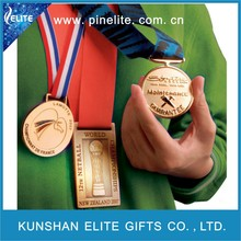promotional gifts 2015 metal saint gold medal with medal ribbon for wholesale