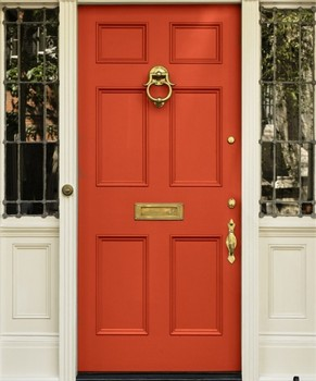 New-Exterior-Paint-Color-by-decorating-the-door-with-the-red