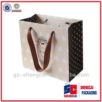 Medium size paper gift bags with handles alibaba china guangzhou