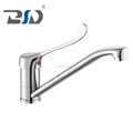 clasito Copper hot and cold hospital kitchen faucet long handle kitchen sink fashion chrome plated drawing