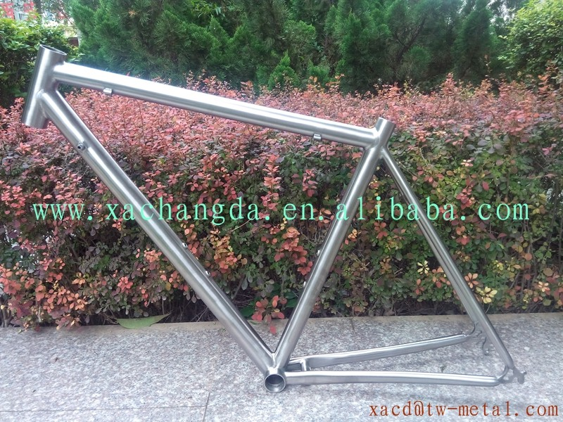 Titanium road bike frame with external cable 700c customized titanium road bicycle frame XACD road racing bike frame 700c