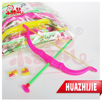 596201610colorful plastic Bow & Arrow Toy fruit press Candy