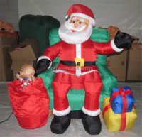 outdoor giant inflatable decoration santa sitting on the sofa with gifts