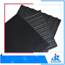 Grooved Anti-slip Rubber Floor Mat / Sheet
