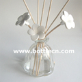 beautiful reed fragrance diffuser to refresh your home