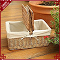 S&D Willow Picnic Basket w Dinner Service with lid and handle