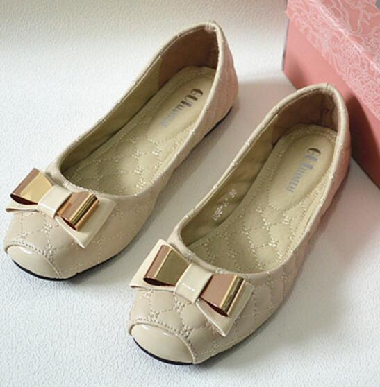 Fashionable high quality women flat shoes