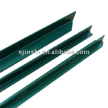 Plastic coated 7 ft T-post for wire mesh fence