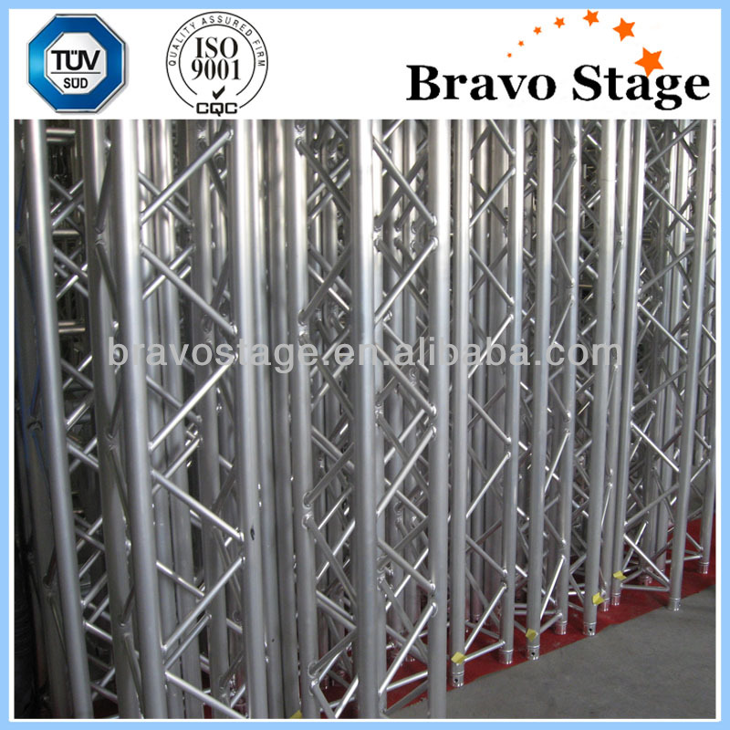 Bravo truss and stage without side stand/wings