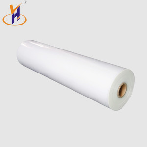 China Made 60mic drinks packaging pe shrink film for beverage/water bottle outpacking