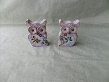 Two square small resin owl for decoration