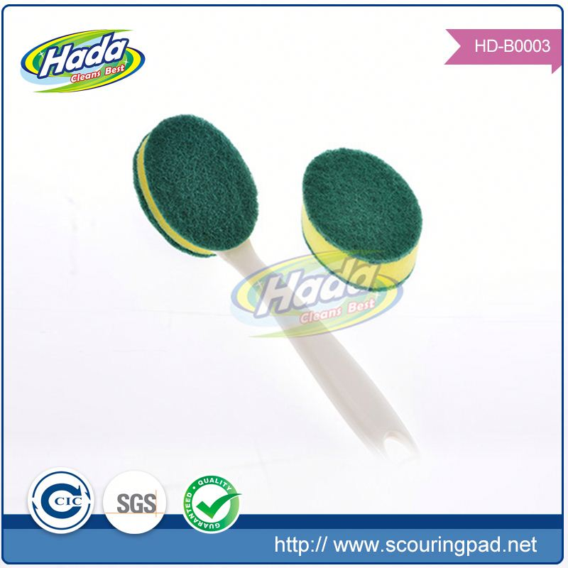 Strong decontaminating kitchen scourer with handle