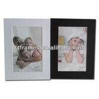 Newest cheap black and white christmas day paper photo frame 4x6 5x7 8x10 a4