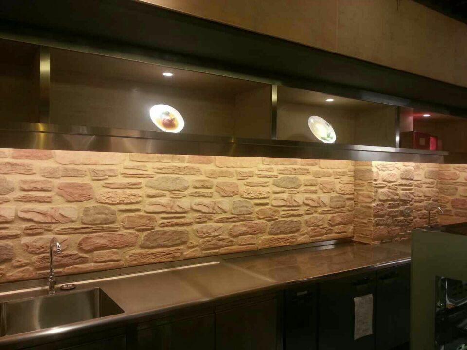 Stone Foam Panels : Easy to install polyurethane foam stone wall panels for