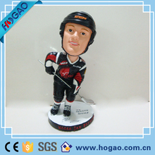 Customized Polyresin Sports Player Bobble Head For Home Office Desk Decor