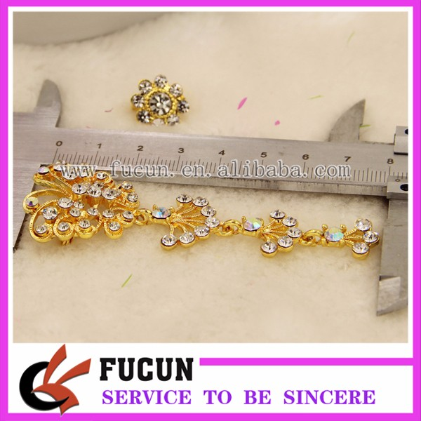 high quality garment rhinestone accessories gold butterfly style muslim scarf brooches pins