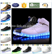 2017 whole Sale Kids Women Men Running led light up shoes