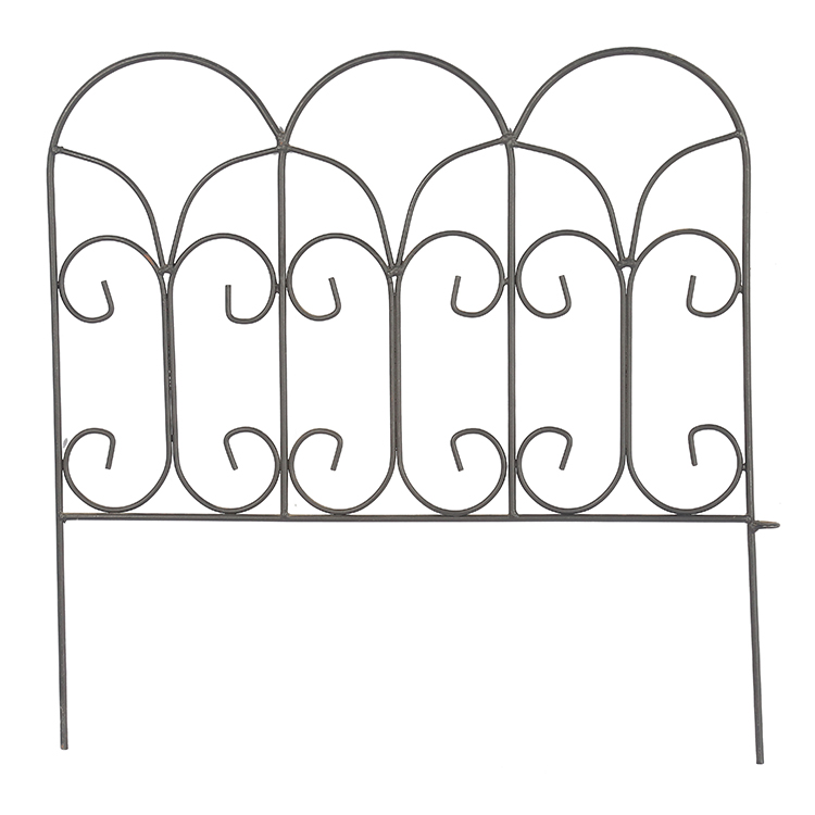 Garden metal bed edging fence