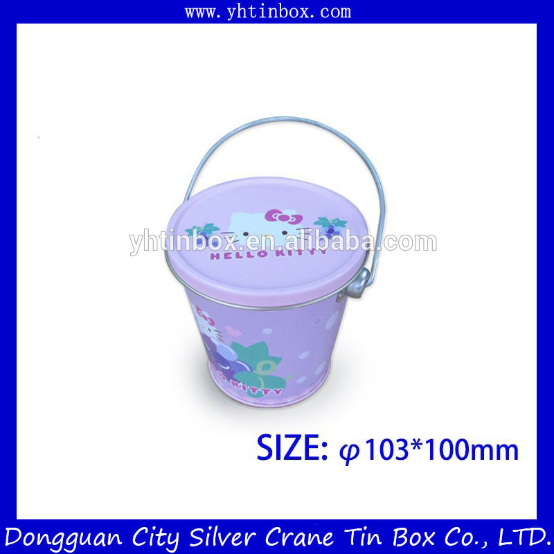Small tin bucket with the hanlde and lid for candy packaging
