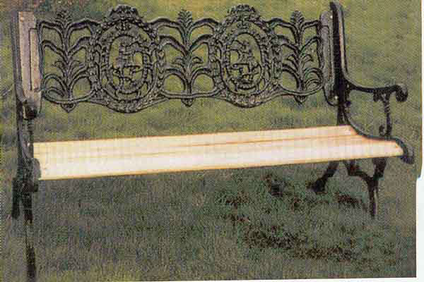 banco de jardim antigo : banco de jardim antigo:De Madeira e Ferro Fundido Banco de Jardim-Cadeiras de estilo antigo