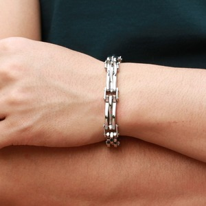 Wholesale Stainless Steel Men's Bracelet With Special Button Chain