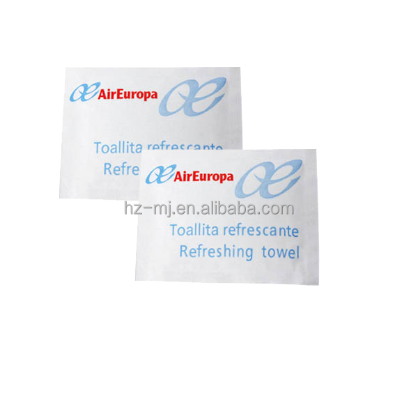 2014 hot promotional no alcohol cleaning wet wipes