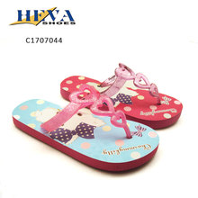New design sweat-heart straps add Glitter Powder thermal transfer printing flowers girls beach sandals