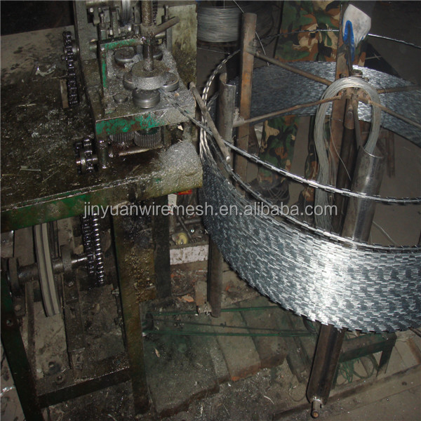 BTO30 & BTO28 galvanized razor barbed steel wire From Dingzhou Jinyuan Metal Factory