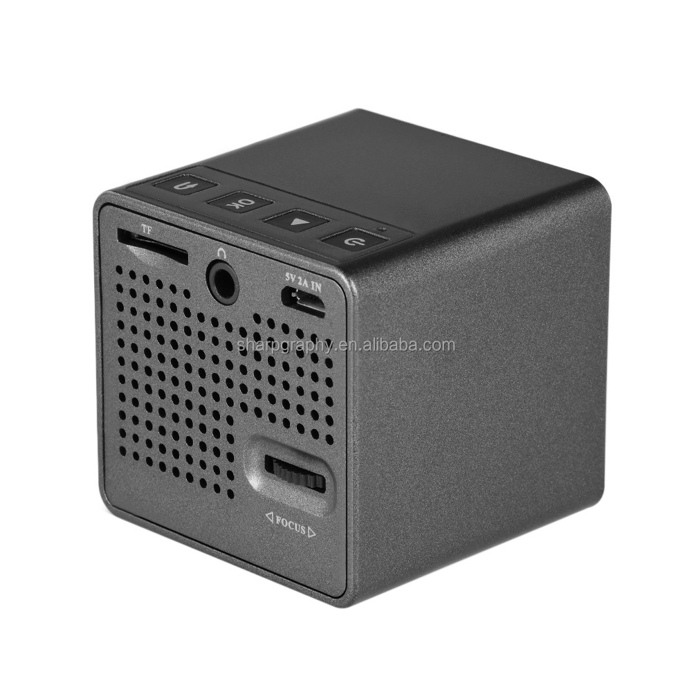 Christmas Child Gift UNIC New Arrival 1080P HD DLP Pocket Projector Short Throw Magic Cube Pico P1Projectors with battery