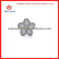 Nice white flower charm lockets floating charms to make jewelry
