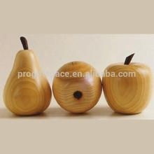 2018 new fashion hot handmade pear model gift craft Christmas decor wholesale home table ornament wood apple fruit made in China