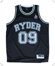 100% breathable polyester plain black jersey sports singlets with number and team logo printed for basket and football