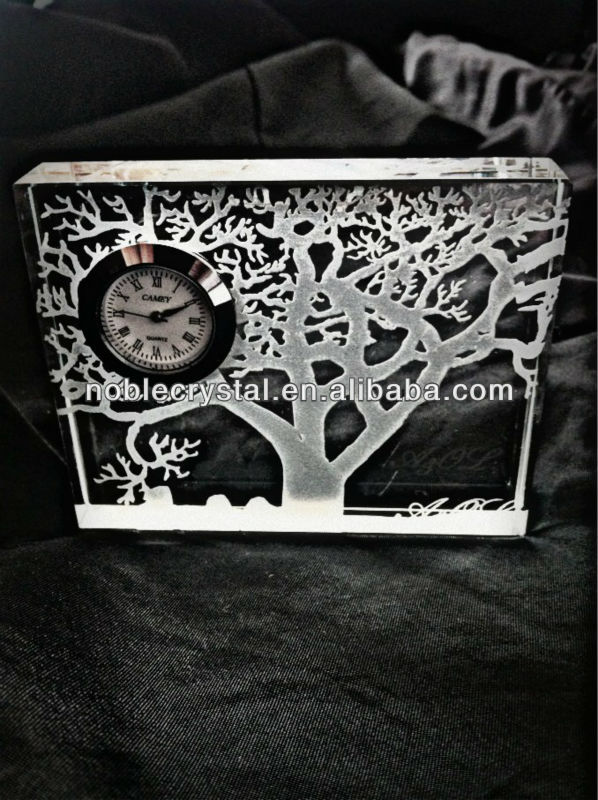 Noble Tree Crystal Clock Islamic Wedding Gift with Name Engraved