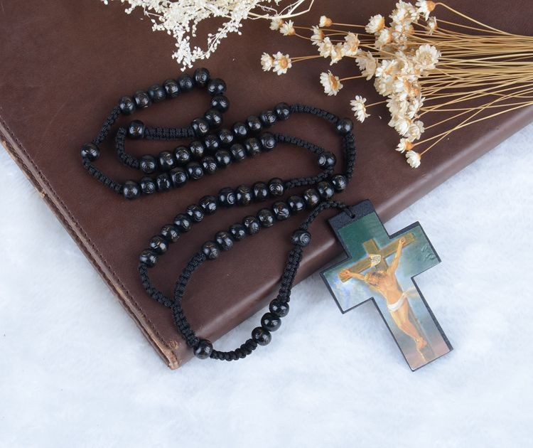 A&J Excellent after-sales service Natural wood christian rosary;engraved wording wood cross rosary;wood beads cord rosary