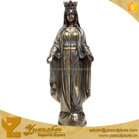Religious Bronze Virgin Mary Sculpture Opening Her Hands for decoration