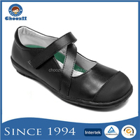 Wholesale Guangzhou Girls Stylish Strappy Velcro Black School Uniform Kids shoes