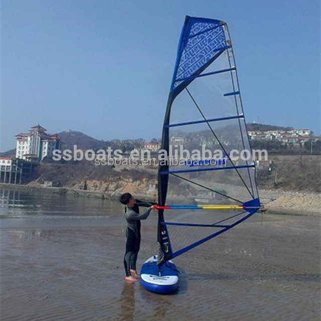 2017 new year promotional inflatable windsurfing/windSUP board with full set sail