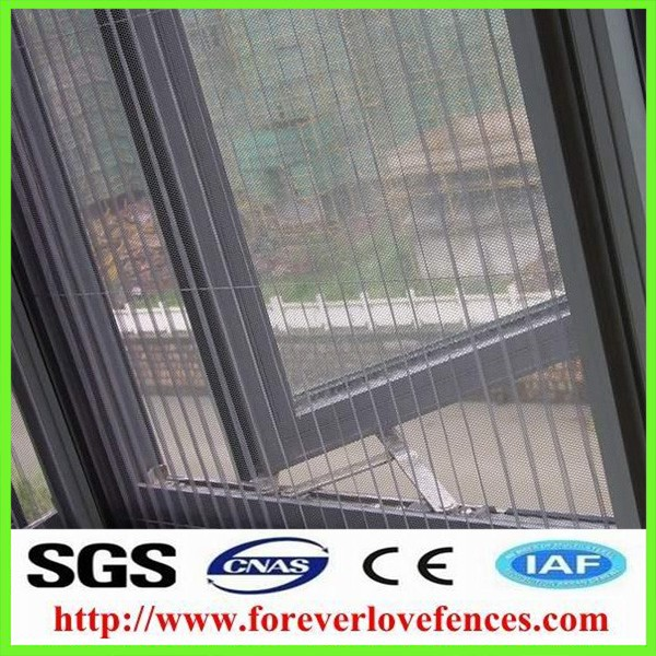 Made in China good quality and reasonable price window screen white fiberglass window screen and wire mesh