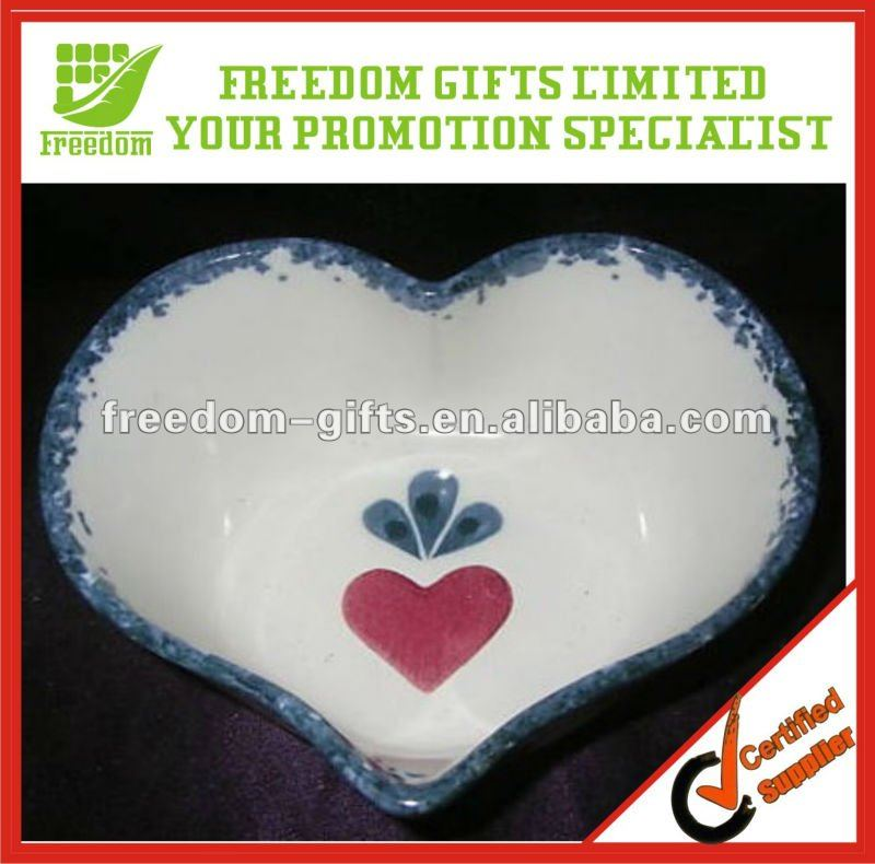 Plastic Heart Shape Candy Dishes
