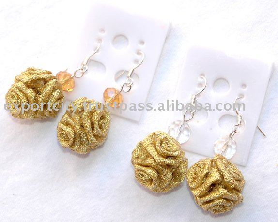 """goldie"" silver ribbon rose ball earring light weight"